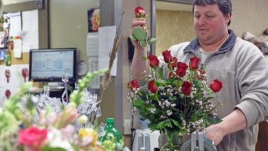 Photo of REASONS WHY ONLINE DELIVERY OF ROSES IS TREND ON THE RISE EVERYWHERE AROUND?