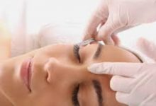 Photo of Is There Any Pain Experienced During A Dermaplaning Facial?